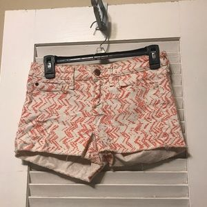 Gap 1969 patterned shorts